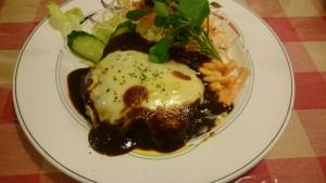 チーズハンバーグ+赤だしセット+ご飯大盛り-クッキングハウスA1