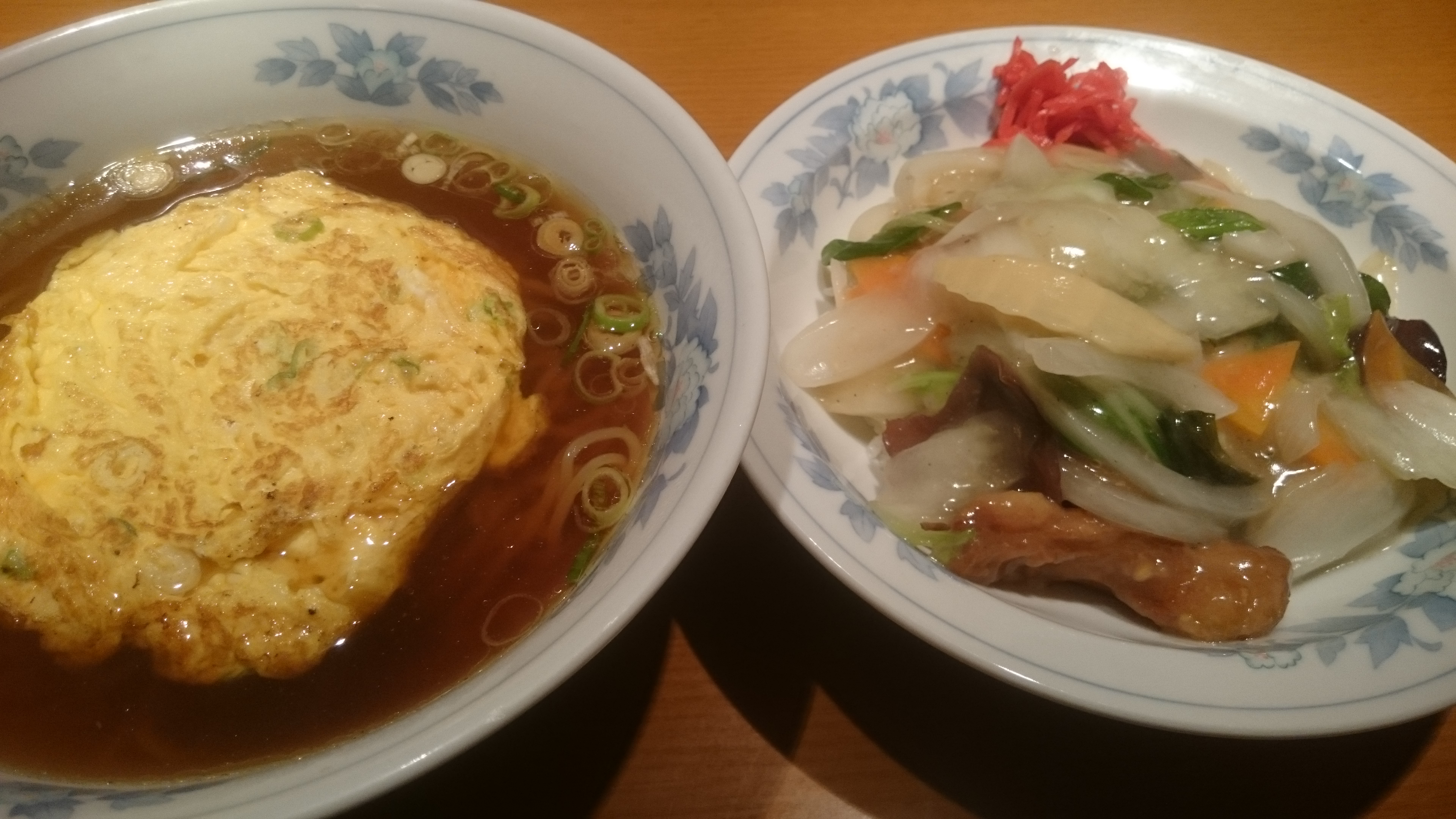 鶏球飯・天津ラーメン-楼蘭