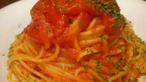 トマトソースのパスタ-イタリアンレストランBank京町店3