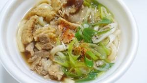 麺たっぷり!肉汁うどん-セブンイレブン3
