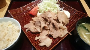 豚の和風しょうが焼き定食-大かまど飯寅福1