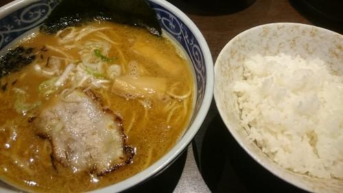 醤油ラーメン並盛+ごはん大-麺屋もり田