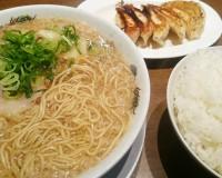 ギョーザ定食+ワンタン麺+ライス大