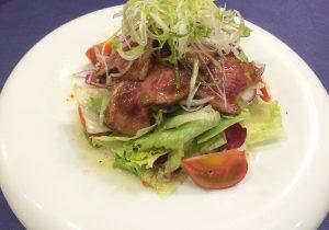ローストビーフのサラダ1-西洋料理オランジュ
