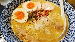 味玉入り濃厚鶏白湯そば1-濃厚鶏そば晴壱