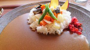 季節野菜カレー2-三島スカイウォーク